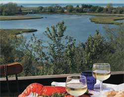 Cape Cod Restaurants :: ANthony's Cummaquid Inn